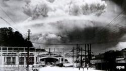 Bomba de la Nagasaki a explodat la 11:02, ora locală, la o altitudine de doar 502 metri. Suflul și căldura degajată au ucis instant între 92 și 93 la sută dintre oamenii aflați la doar 600 de metri de locul exploziei.