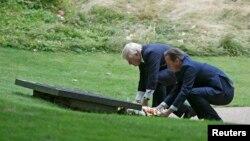 Londonyň maýory Boris Johnson (çepde) we Britaniýanyň premýer-ministri Dawid Kameron. 7-nji iýul, 2015 ý. London.