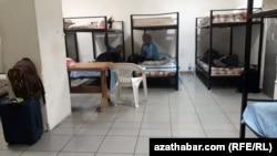 Изолятор для задержанных в аэропорту Северного Кипра