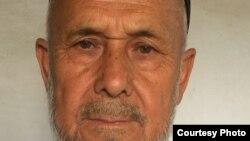 72-летний ремесленник из Андижана