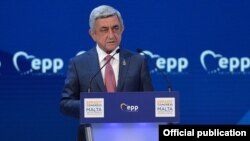Malta - Armenian President Serzh Sarkisian speaks at a congress of the European People's Party, 29Mar2017.
