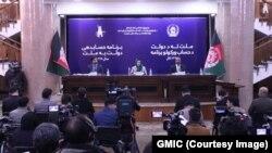 کریمه حامد فاریابی وزیر اقتصاد افغانستان در حال ارائه گزارش از کارکرد یکساله این وزارت.