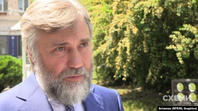 У коментарі «Схемам» Вадим Новинський зазначив, що законопроєкт про деолігархізацію Володимира Зеленського йому не подобається