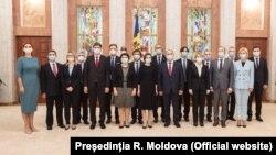 Cabinetul condus de Natalia Gavrilița împreună cu președinta Maia Sandu