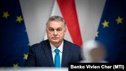 Orbán Viktor miniszterelnök az Európai Unió tagállamai vezetőinek videókonferenciáján a Karmelita kolostorban 2021. január 21-én