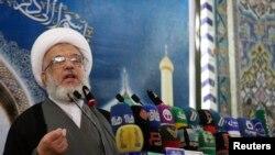 Ирачкиот највлијателен свештеник Ајатолахот Али ал Систани.
