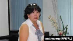 Бывший учитель средней школы имени Талгата Бигельдинова в Сарыагашском районе Южно-Казахстанской области Менсулу Малдыбаева. Шымкент, 21 августа 2017 года.