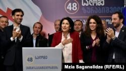 Саломе Зурабишвили на брифинге в избирательном штабе