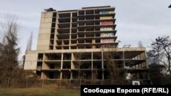 Скелето на строежа на Националната детска болница, построено преди 40 години, ще бъде сринато, а на негово място ще бъде построена нова сграда