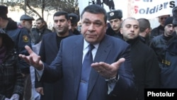 Armenia - Vladimir Gasparian, chief of the Armenian police, talks to journalists in Yerevan, 12Jan2012.