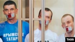 Руслан Зейтуллаев, Ферат Сайфуллаев, Рустем Ваитов и Юрий Примов на оглашении приговора