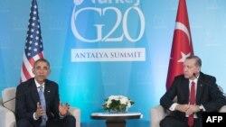 Прэзыдэнт ЗША Барак Абама (зьлева) і прэзыдэнт Турэччыны Рэджэп Эрдаган падчас саміту G20