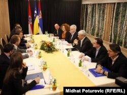Sastanak trilaterale