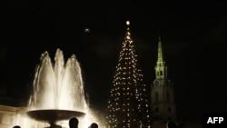 Великобританія -- різдвяна ялинка на Трафальгарской площі у Лондоні