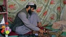 Tregtia e armëve merr hov në Afganistan pas kthimit të talibanëve