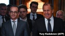 Almaniya xarici işlər naziri Heiko Maas (solda) rusiyalı həmkarı Sergey Lavrovla mayın 10-da Moskvada görüşüb