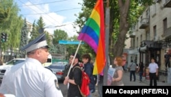 The organizers of an LGBT parade in Chisinau last month considered the event to have been a success when they managed to march five blocks before it was disrupted by egg-throwing counterdemonstrators. (file photo)