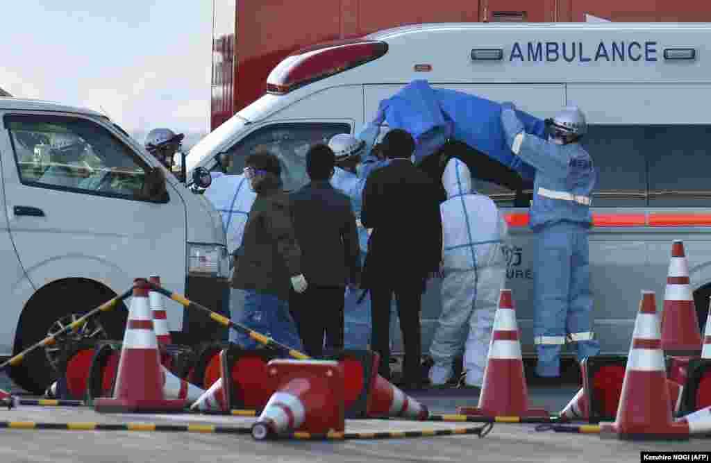 Хворих із посиленими заходами безпеки доправляють у спеціальну лікарню біля Йокогами