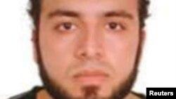 Полиция таратқан Ахмад Хан Рахамидің суреті.