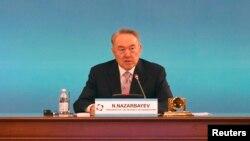 Нұрсұлтан Назарбаев Ауғанстан бойынша Стамбул процесіне қатысушы елдер сыртқы істер министрлерінің 3-конференциясында. Алматы, 26 сәуір 2013 жыл.