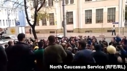 Черкесы вышли в поддержку Гвашева