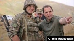 Ermənistan müdafiə naziri Davit Tonoyan təmas xəttində