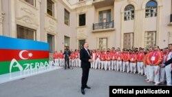 Ադրբեջանի նախագահ Իլհամ Ալիևը հանդիպում է Եվրոպական խաղերին երկիրը ներկայացնող ադրբեջանցի մարզիկներին, Բաքու, 9-ը հունիսի, 2015թ․