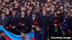 Национальный Совет посещает Аллею Шехидов