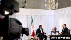 محمود احمدینژاد جلو دوربین صداوسیما