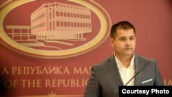 Портпарол на Влада на Македонија, Миле Бошњаковски