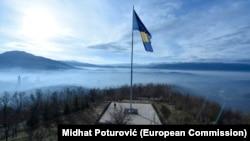 Jasno je da se država BiH nije na odgovarajući način postarala za svoju imovinu, ukazuje prof. Velić