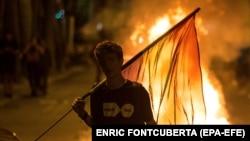 Уличная акция каталонских сепаратистов в Барселоне