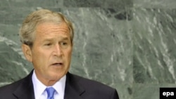 جرج بوش، رییس جمهوری آمریکا در آخرین سخنرانی خود در مجمع عمومی سازمان ملل متحد، ایران و سوریه را به حمایت از تروریسم متهم کرد.(عکس: EPA)