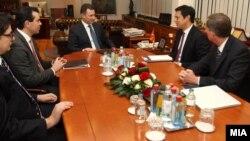 Средба на премиерот Никола Груевски со Хојт Брајан Ји, заменик помошник на државниот секретар за европски и евроазиски прашања на САД.