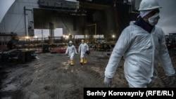 Узьведзеньне новага саркафагу над чацьвёртым блёкам ЧАЭС, лістапад 2016