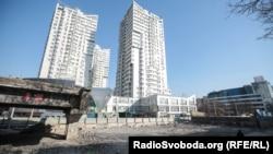 Демонтаж Шулявського моста в Києві, квітень 2019 року
