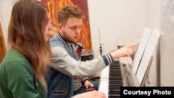 Музиканти з агентства Real Music Life
