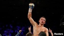 Казахстанский боксер-профессионал Геннадий Головкин.