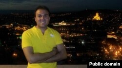 سعید عابدینی یک نوکیش مسیحی است و علاوه بر تابعیت ایرانی، تابعیت آمریکایی نیز دارد؛ گزارش شده که مهرماه سال ۹۱ پس از سفری به ایران که «برای بازدید از خانواده و پیگیری تاسیس یک پرورشگاه» صورت گرفته بود، بازداشت شد