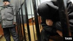 Югоосетинские НПО фактически не занимаются положением дел в пенитенциарной системе республики, а обращения заключенных цхинвалскими правозащитниками зачастую попросту игнорируются. Обходят стороной эти проблемы и местные СМИ