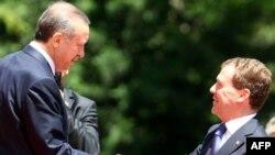 Эрдоган Русия президенты Дмитрий Медведев белән узган елның маенда Әнкарада очрашкан иде