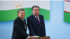 Өзбекстандын президенти Шавкат Мирзиёев (солдо) жана тажик лидери Эмомали Рахмон.