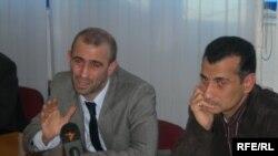 Vahid Mustafayev bildirir ki, onların adının hər hansı qruplaşma ilə bağlanması düzgün deyil