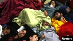 Жизнь и сон на площади Таксим