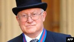 Олег Гордиевский на приеме у королевы Великобритании. Букингемский дворец, 2007