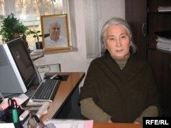 Профессор Роза Айтматова - даңазалуу жазуучу, маркум Чыңгыз Айтматовдун карындашы. 12.8.2008.