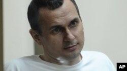 Олег Сенцов 14 травня оголосив голодування, вимагаючи від Росії звільнити всіх українських політв'язнів