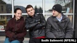 Mladi glumci iz Srebrenice: Nikolina Gagić, Senad Đananović i Ademir Muharemović