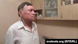 Рэнальд Кныш, трэнэр і паэт