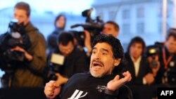 Maradona Moskvada bir tədbirdə iştirak etməklə, xeyriyyəyə 500 min dollar yığıldı